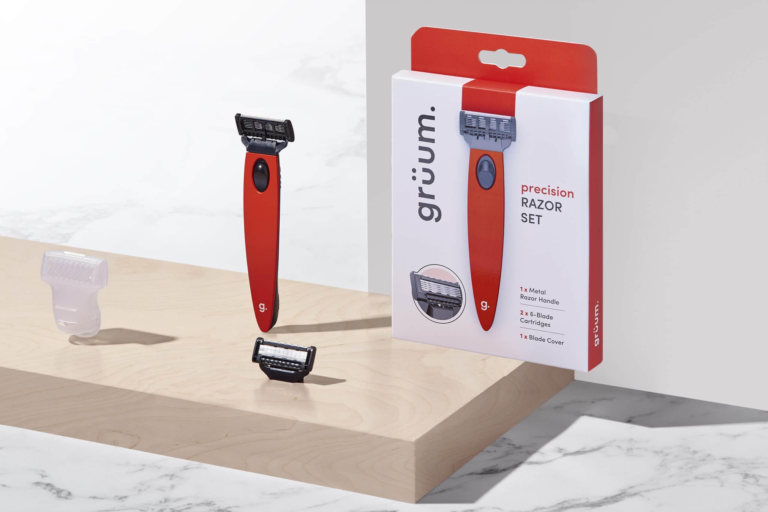 Gruum Razor set product image with razore handle, precision 6 blade cartridge and blade cover
