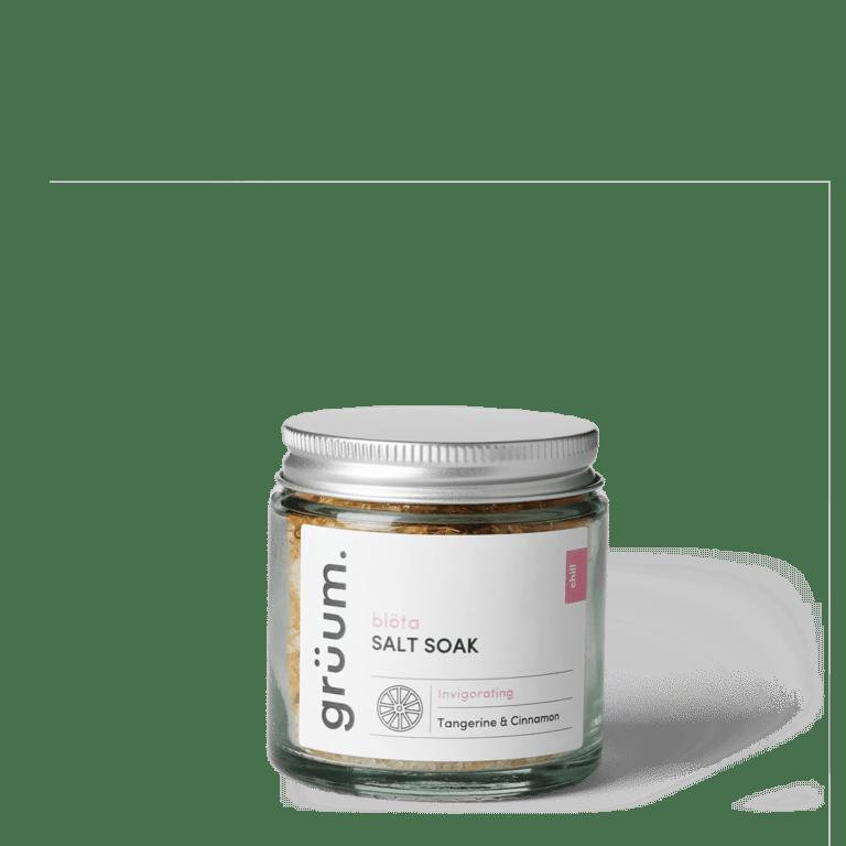 Bolta Tangerine & Cinnamon salt soak in a jar